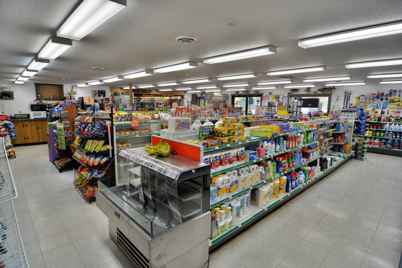 Drummond Wisconsin Convenience Store | Groceries, Gas